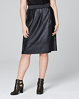 Wet Look Pleated Skirt