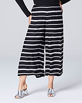 Stripe Split Front Crop Trousers