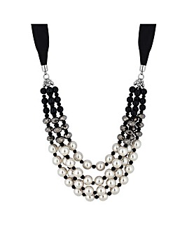 Mood Monochrome Pearl Necklace