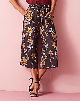 Floral Print Tie Waist Jersey Culottes