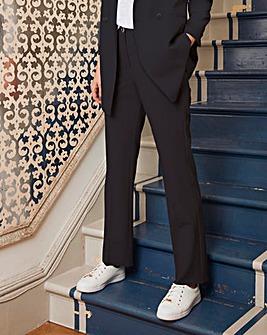 Straight Leg Tailored Trouser Short