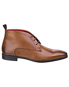 Base London Farthing Washed Chukka Boot