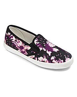 Sole Diva Slip On Pumps E Fit