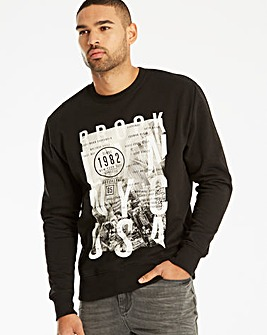 Label J City Print Sweat Regular