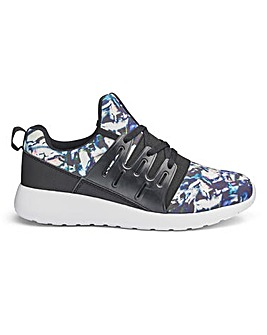 Capsule Active Print Trainers E Fit