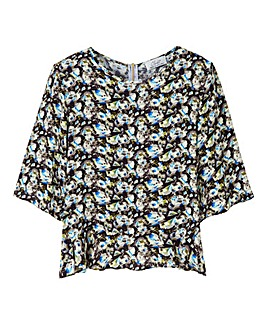 Closet Printed Zip Back Loose Peplum Top