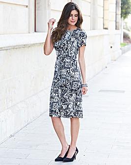JOANNA HOPE Graphic Print Shift Dress