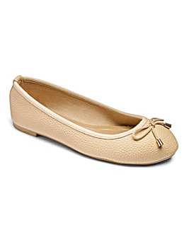 Sole Diva Basic Ballerina EEE Fit