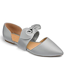 Sole Diva Bow Shoe EEE Fit