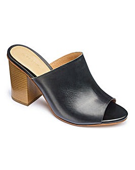 Sole Diva Leather Mule Sandal EEE Fit