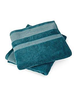 Geometric Jacquard Border Towels