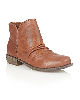 Lotus Catlin Ankle Boots