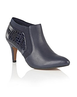 Lotus Arnie Casual Shoes