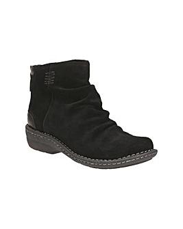 Clarks Avington Swan Boots