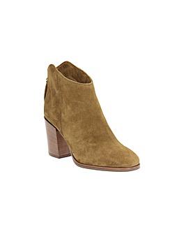 Clarks Lora Lana Boots