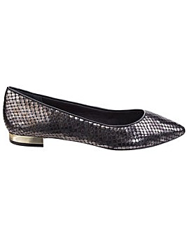 Rockport Total Motion Adelyn Slip on
