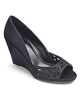Heavenly Soles Diamante Wedge Shoes EEE