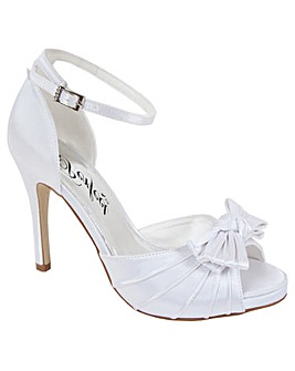 Perfect Bow Trim Sandal