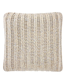 Lorraine Kelly Chunky Knit Cushion