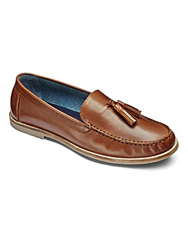 Trustyle Leather Tassel Loafer