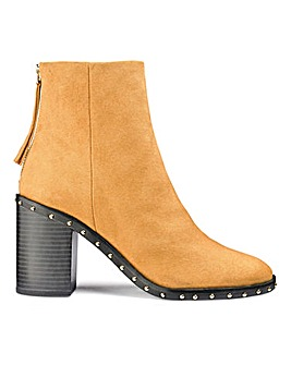 Holly Stud Boots E Fit
