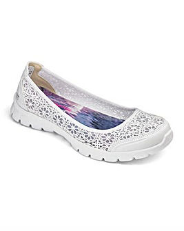 Skechers EZ Flex Majesty Trainers