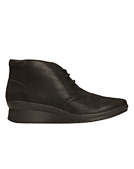 Clarks Caddell Hop D Fitting