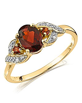 9 Carat Gold Garnet and Diamond Ring