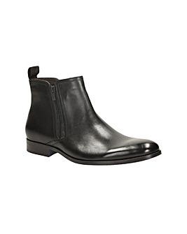 Clarks Banfield Zip Boots