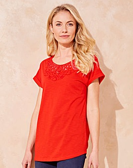 Red Crochet Neck T-shirt