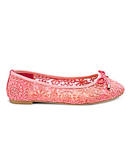 Sole Diva Lace Ballerina EEE Fit