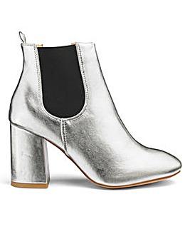 Glamorous Metallic Chelsea Boot