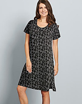 Pretty Secrets Printed Nightie L36