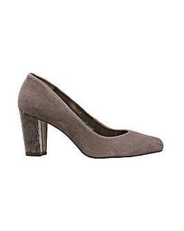 Van Dal Sassy Shoe