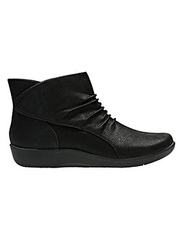 Clarks Sillian Sway D Fitting