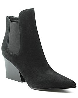 Kendall + Kylie Block Heel Chelsea Boot