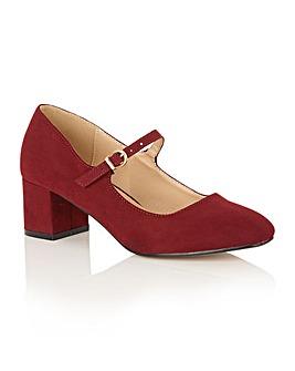 Dolcis Kiko block heel court shoes