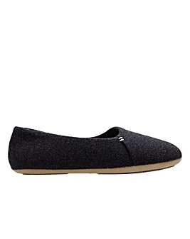 Clarks Cozily Snug D Fitting