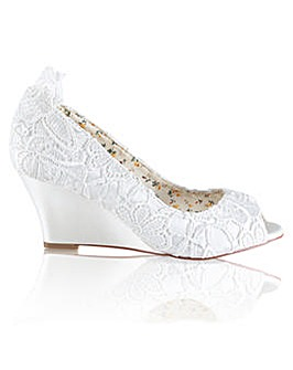 Perfect Flora Lace Peep Toe Wedge