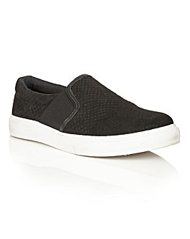 Dolcis Abby snake effect plimsolls
