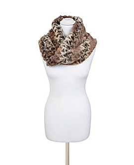 Pia Rossini Corona Snood