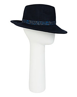 Pia Rossini Charlton Hat