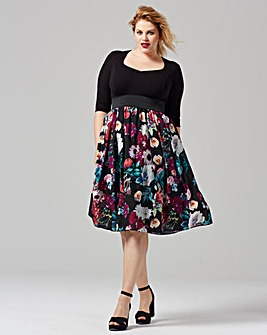 Scarlett & Jo Floral Printed Dress