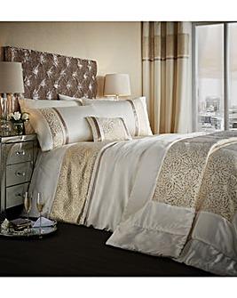 CL Luxor Jacquard Cushion