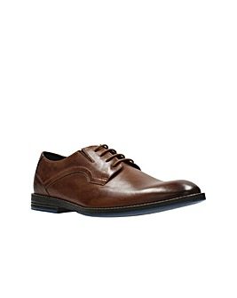 Clarks Prangley Walk Shoes