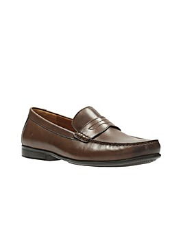 Clarks Claude Plain Shoes