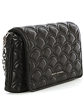 Marc Jacobs Quilted Wallet On Chain
