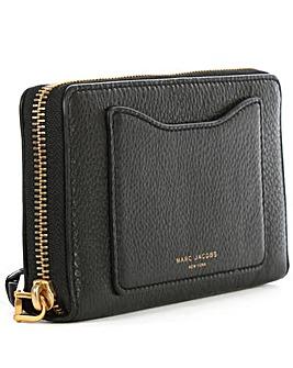 Marc Jacobs Black Zip Around Wallet