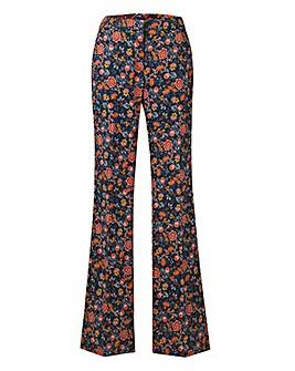 Cotton Sateen Kickflare Trouser Regular