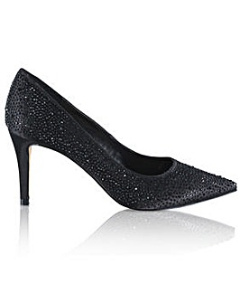 Perfect Crystal Encrusted Toe Court